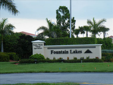 Located: 3130 Seasons Way # 403, Estero, Fl. 33928in our Southwest Florida, Estero, nestled between Naples and Fort Myers, right off of U.S. 41 (Tamiami Trail) and minutes to I-75, Fountain Lakes is a great place if you are looking for acondo to rent. Whether a seasonal orweekly, Fountain Lakes has something to offer you!